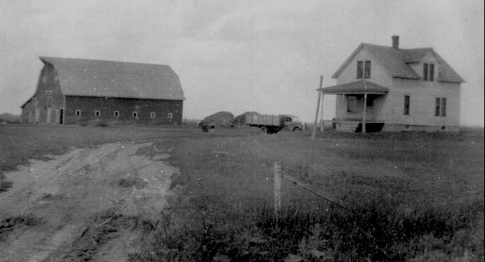 Minnesota Farm, 1920s